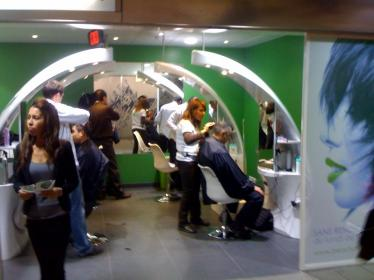 Se couper les cheveux écono-écolo !  dans Les soins du corps beautybubble