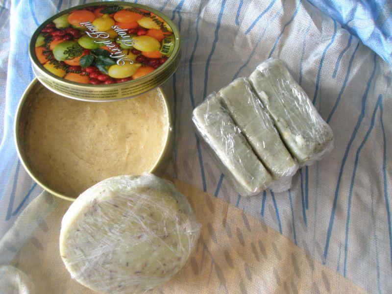 Les savons et crèmes de savon made in chez moi dans Les soins du corps p7040140